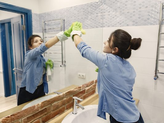 Uniforme curățenie